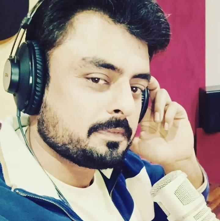 Zishi Khan